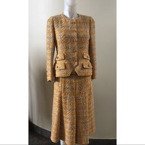 Vintage CHANEL Skirt Suit from 1960s
